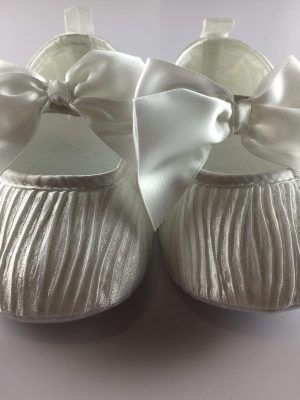 christening pleated shoes front
