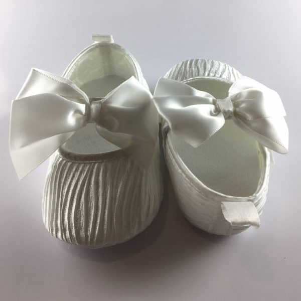 pleated shoes back front